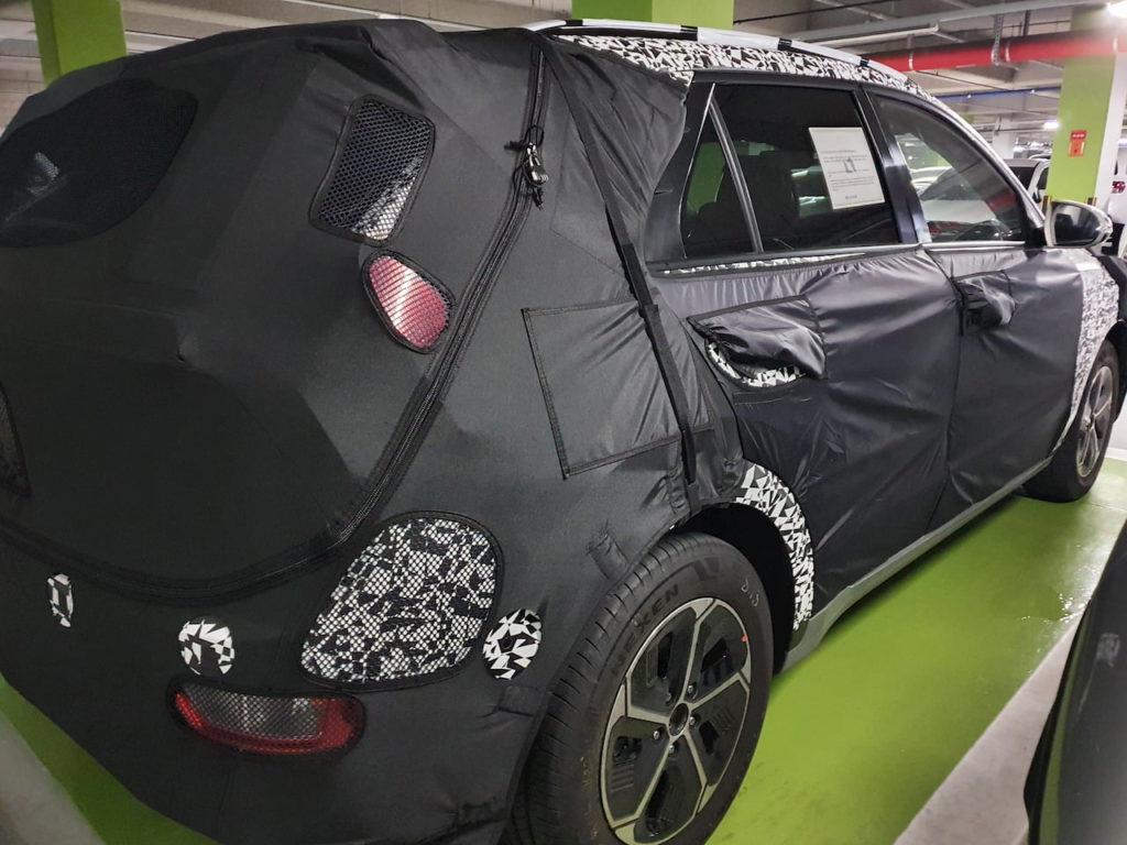 2022 Kia Niro EV (Kia SG2) rear quarters spy shot