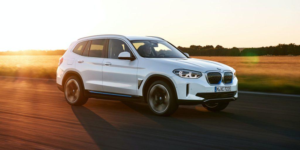 BMW iX3 grille