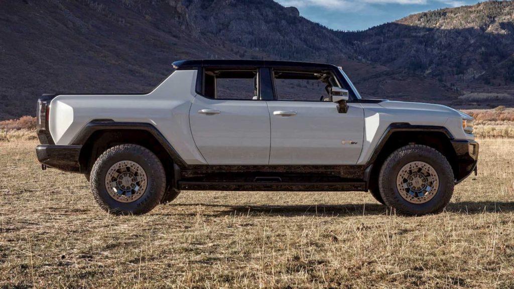 2022 Hummer EV side