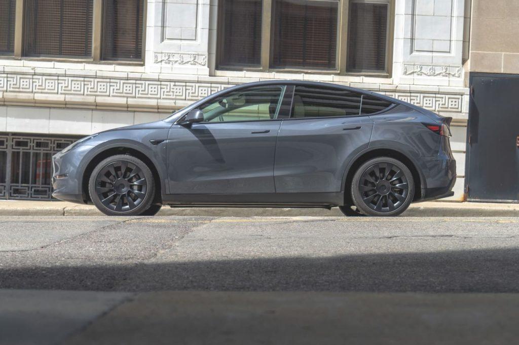 Tesla Model Y side profile