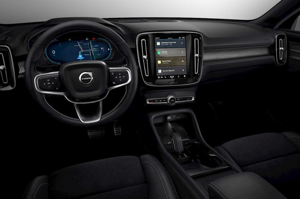Volvo XC40 Recharge electric interior