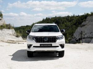 2021 Toyota Land Cruiser Prado front