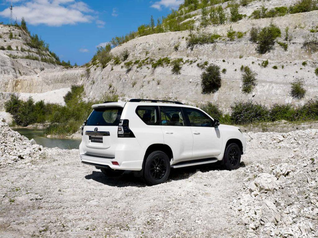 2021 Toyota Land Cruiser Prado rear quarters