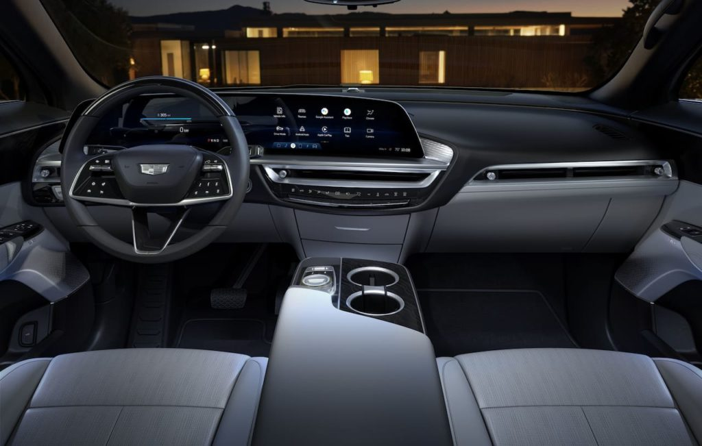 2023 Cadillac Lyriq interior dashboard