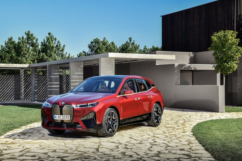 BMW iX Sports Package front quarters