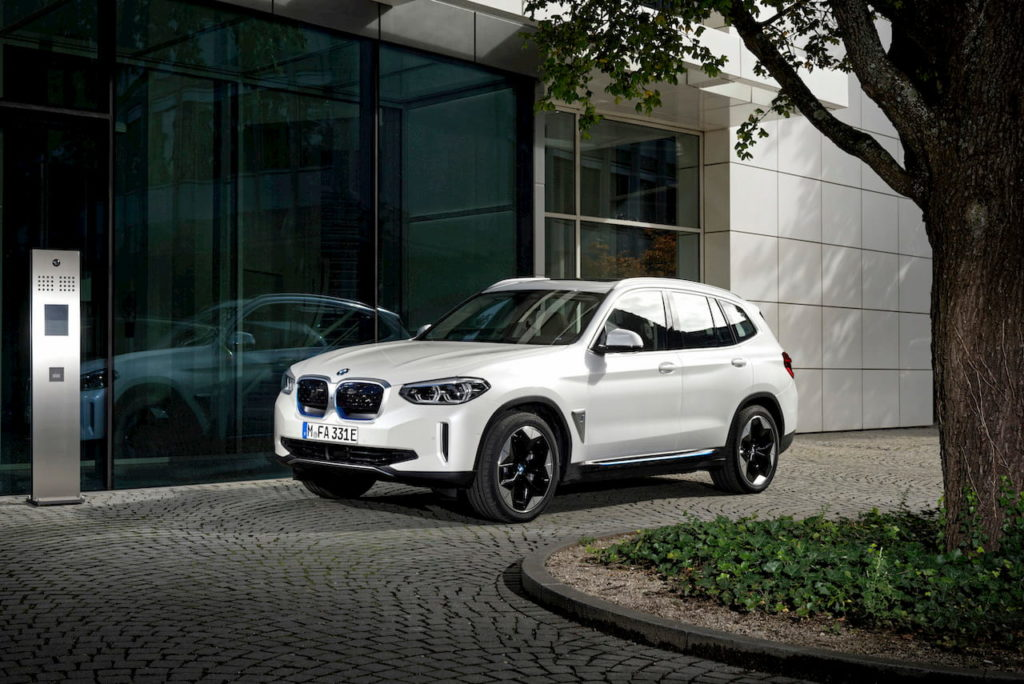 BMW iX3 front quarters