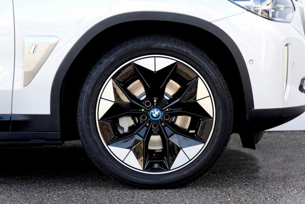 BMW iX3 wheel