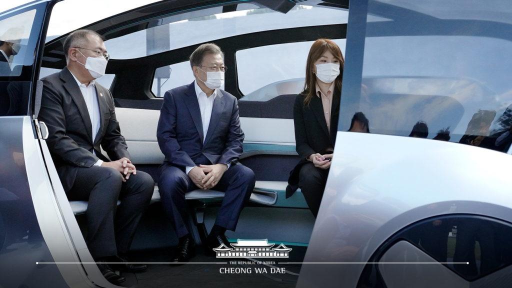 Euisun Chung Moon jae-in Hyundai M.Vision S