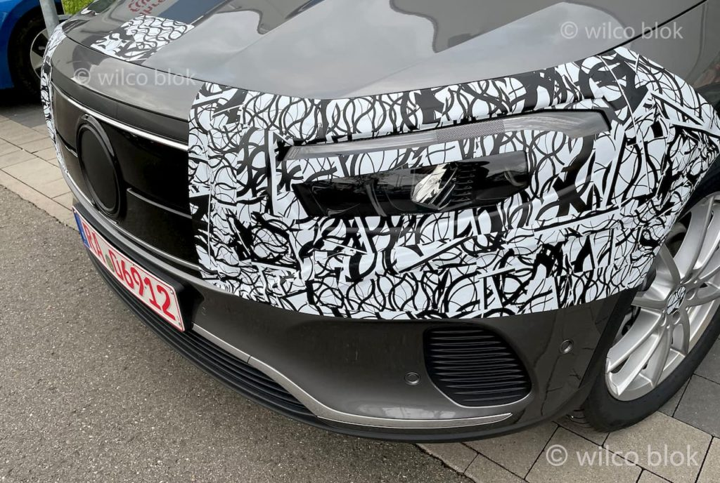 Mercedes EQA electric crossover headlamp and grille