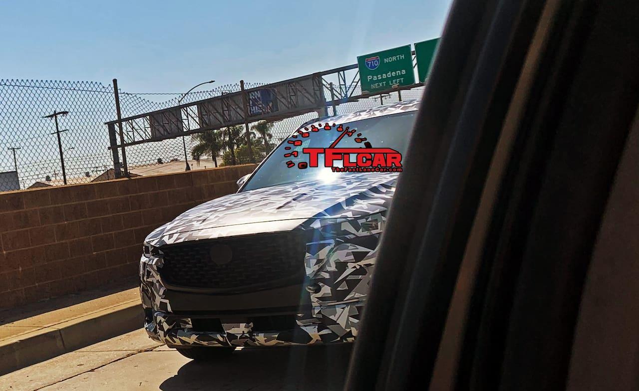 Next-gen Mazda CX-5 front fascia spy shot
