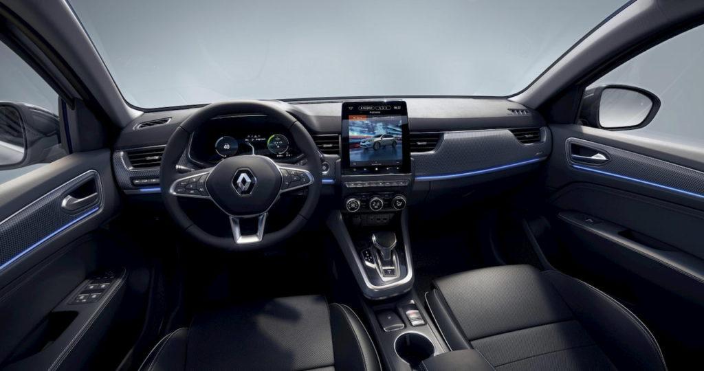 Renault Arkana hybrid interior dashboard
