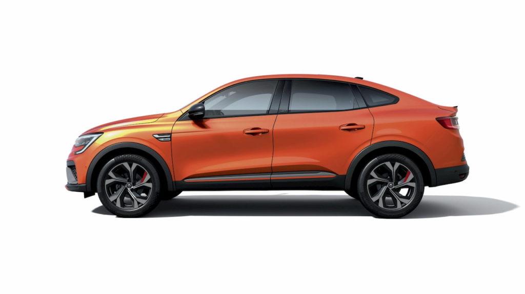 Renault Arkana hybrid profile side