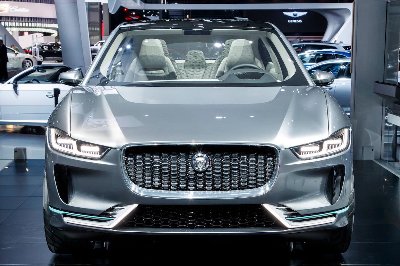 Jaguar I-Pace Concept front LA Auto Show 2016
