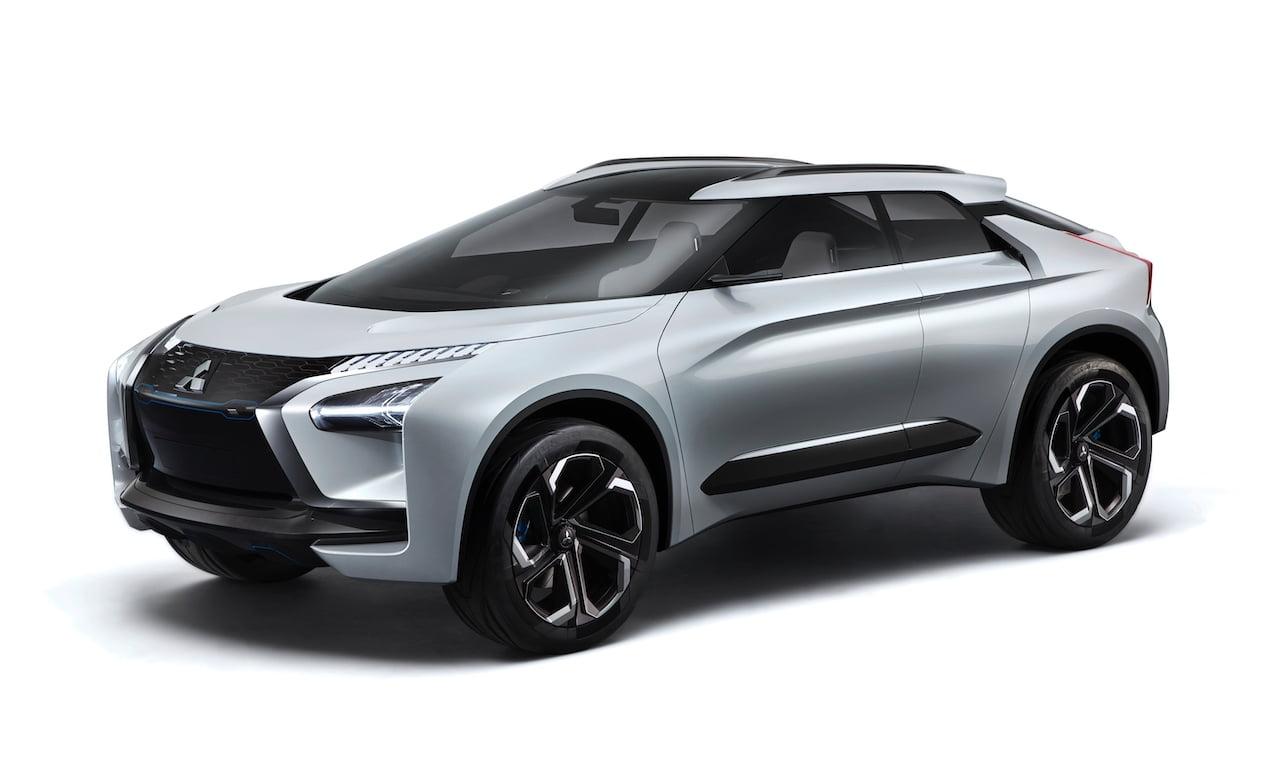 Mitsubishi e-evolution concept front quarters