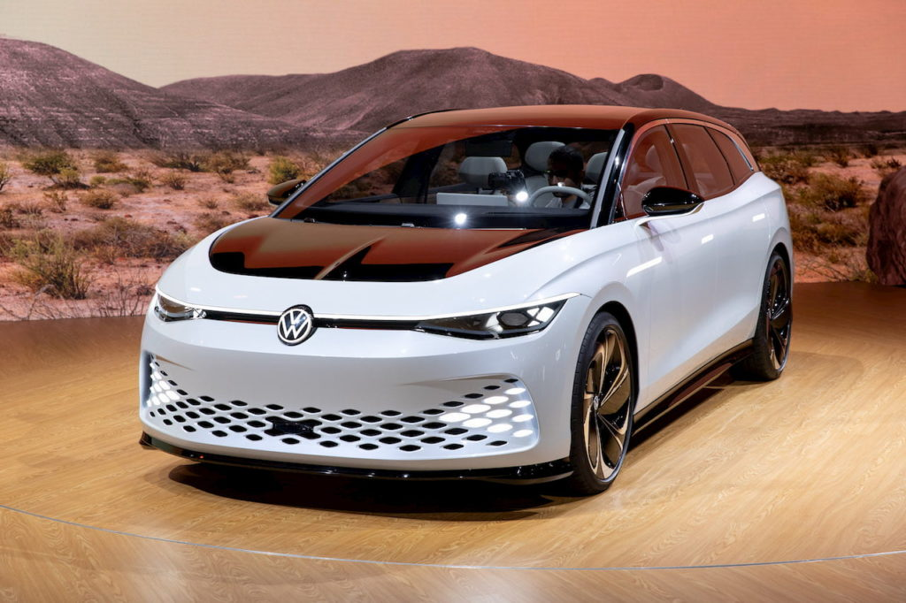 VW ID. Space Vizzion front quarters