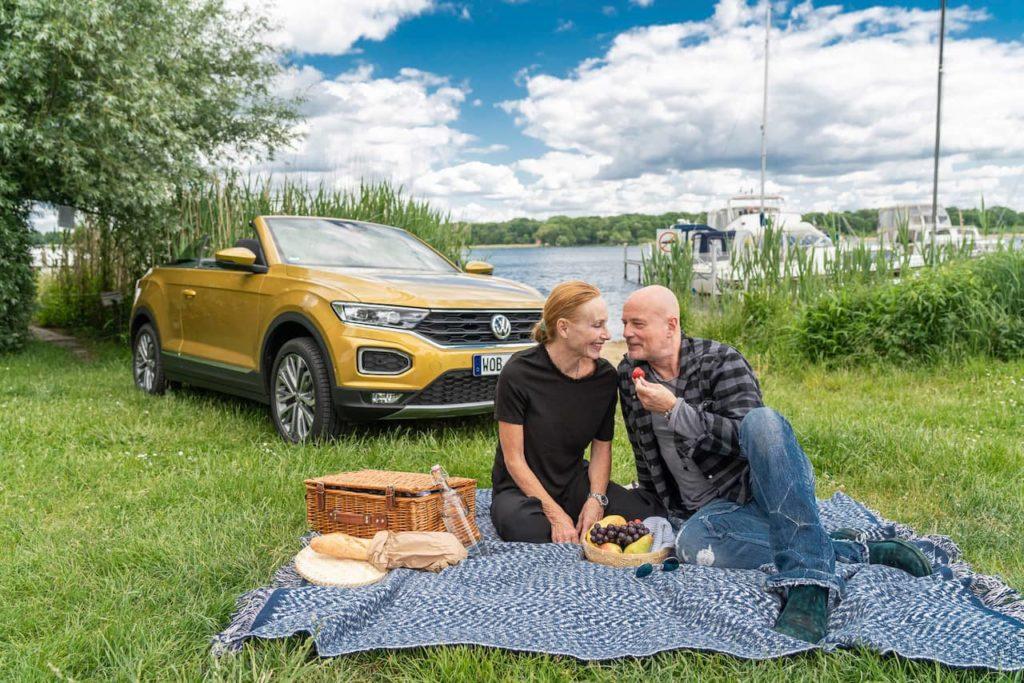 VW T-Roc Cabriolet picnic scenic
