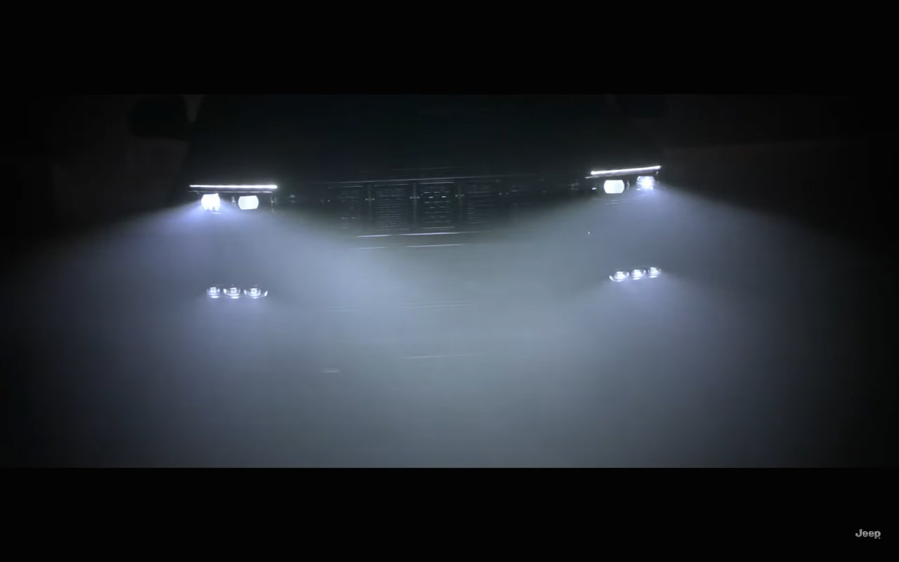 Jeep Grand Wagoneer 2022 teaser front