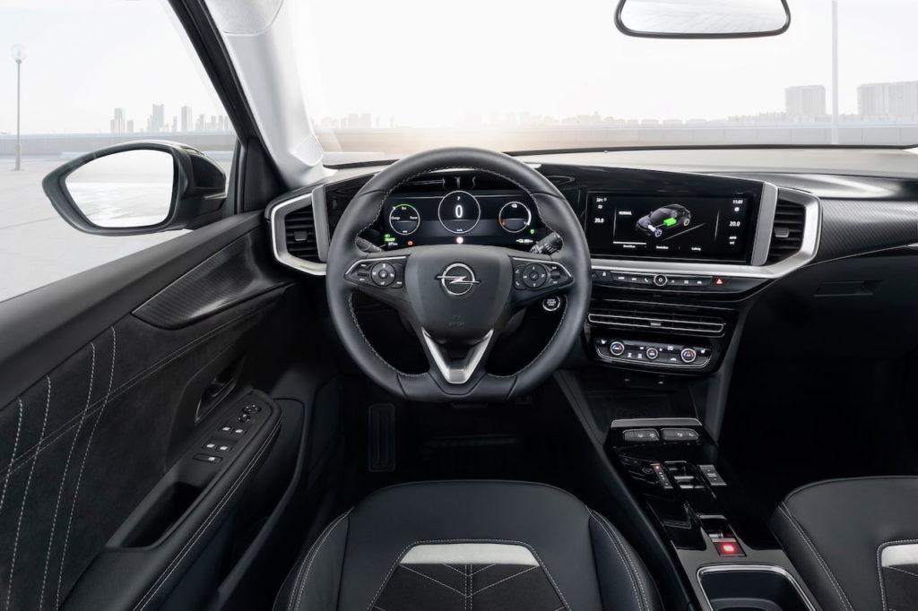 Opel Mokka-e electric interior