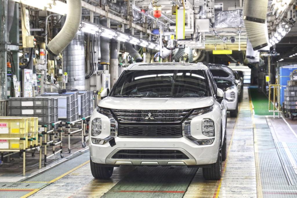 2022 Mitsubishi Outlander front Okazaki plant