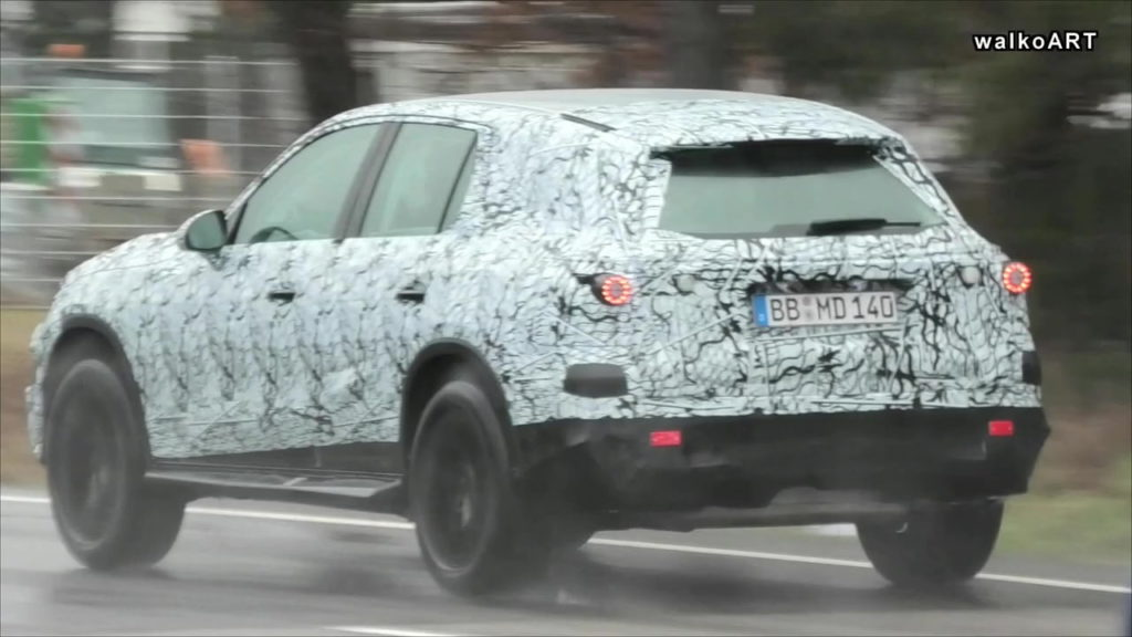 Next-gen Mercedes GLC 2022 X254 rear spy shot