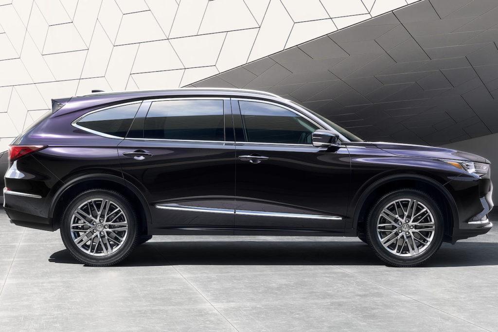 2022 Acura MDX side profile