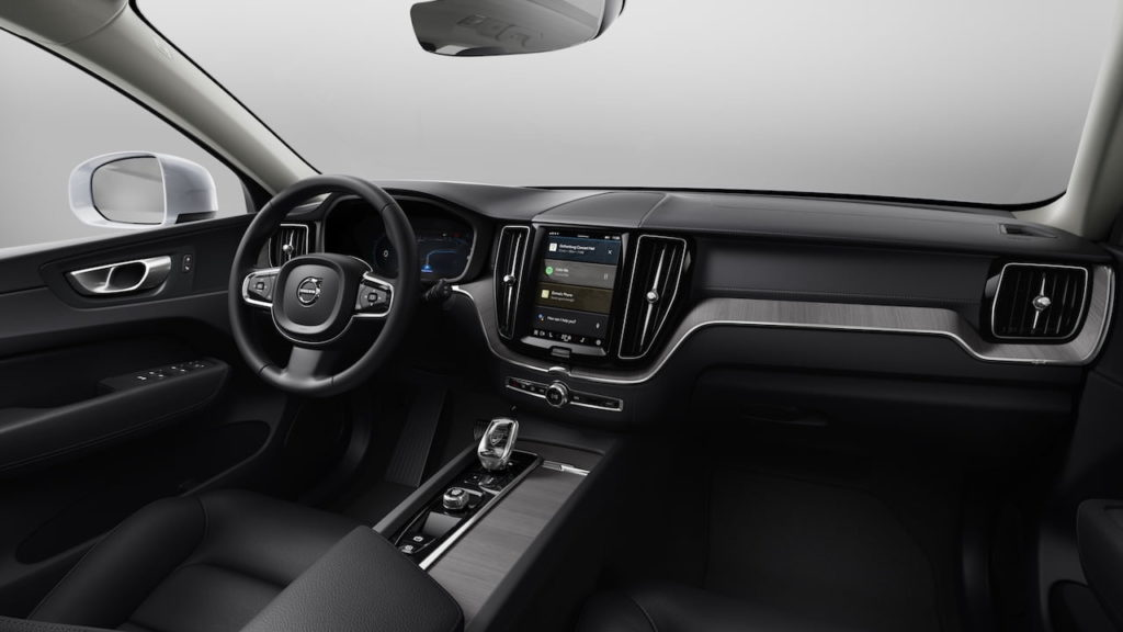 2022 Volvo XC60 facelift Inscription interior dashboard