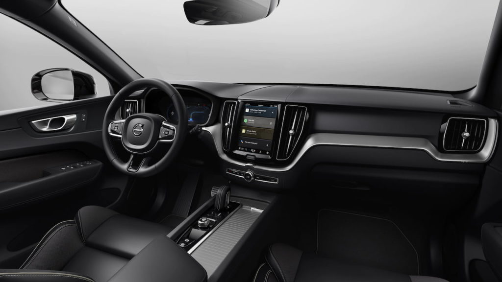 2022 Volvo XC60 facelift R-Design interior dashboard