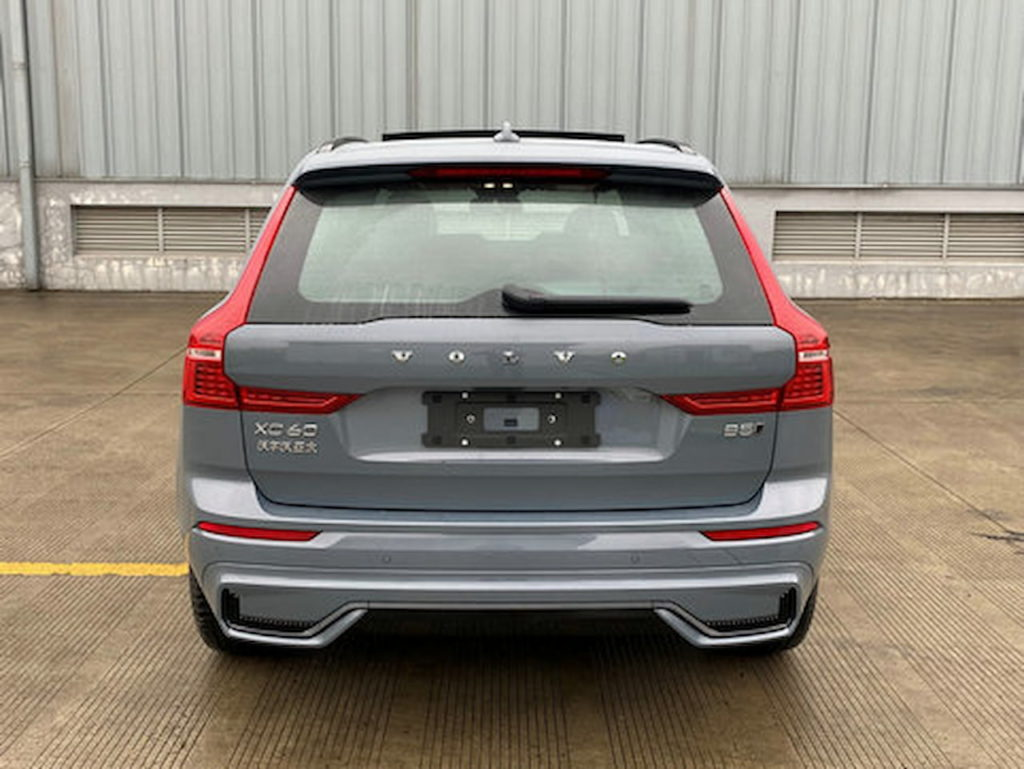 2022 Volvo XC60 facelift rear