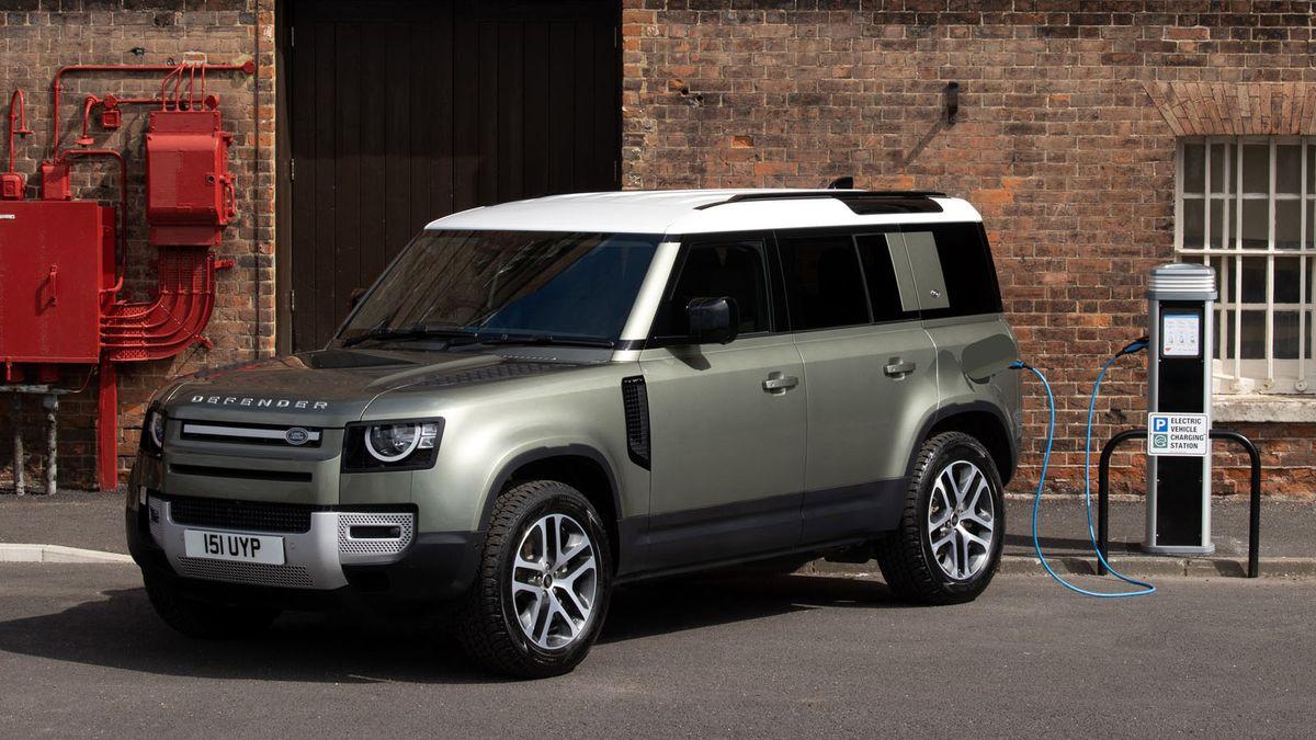 Land Rover Defender PHEV charging