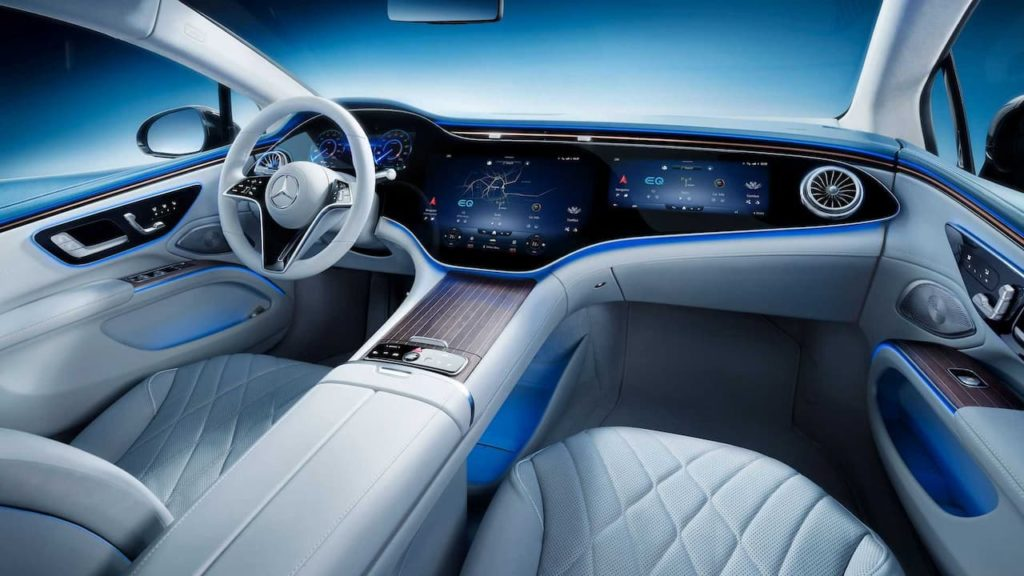 Mercedes EQS interior that previews the Mercedes EQS SUV interior