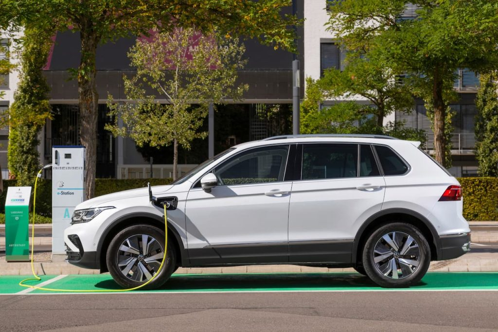 VW Tiguan plug-in hybrid which will be replaced by the 2023 VW Tiguan with 100 km EV range