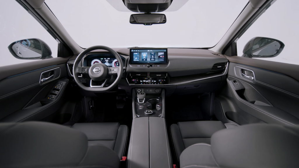 2022 Nissan X-Trail e-Power interior dashboard