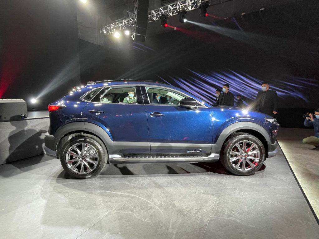 Mazda CX-30 EV profile side