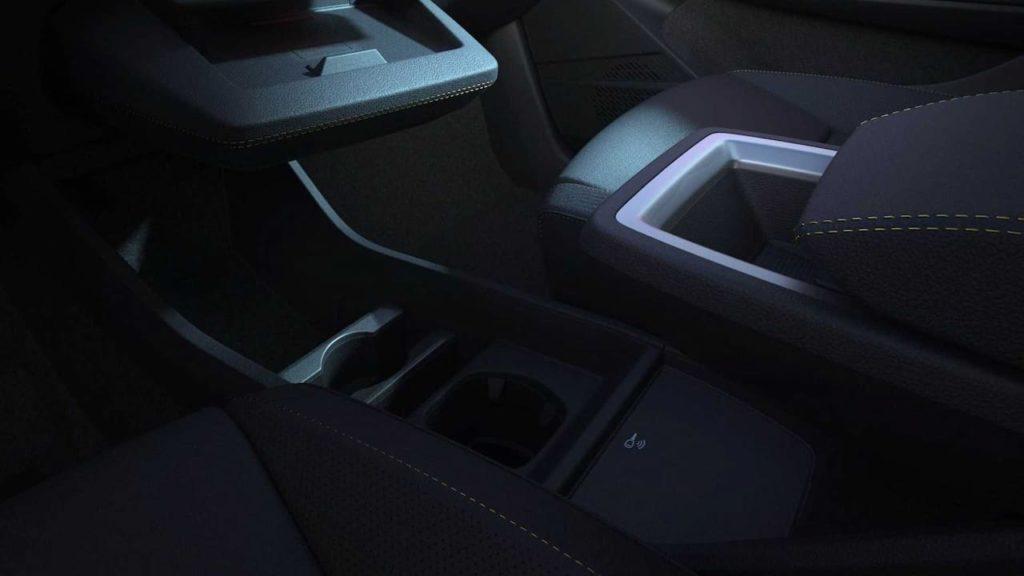 Next-gen Renault Megane E-Tech Electric center console