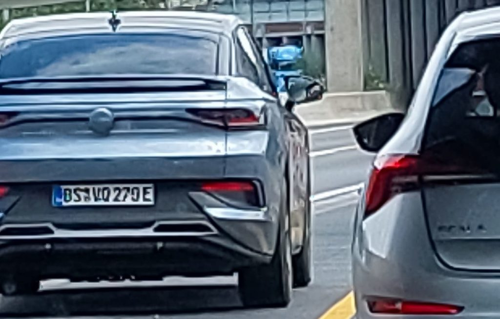 VW ID.5 rear spy shot