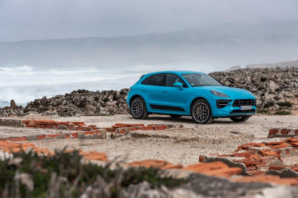2019 Porsche Macan facelift front three quarters