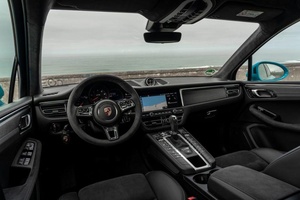 2019 Porsche Macan facelift interior dashboard