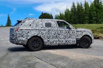 Next-gen Range Rover Sport (Hybrid) road testing begins [Update]