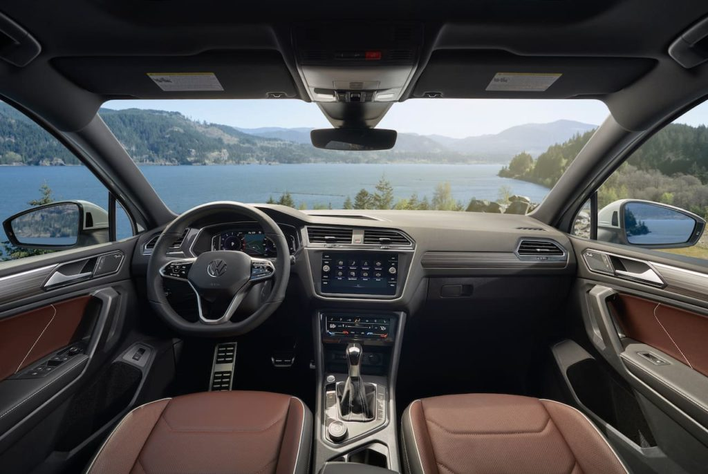 New VW Tiguan Allspace facelift interior dashboard