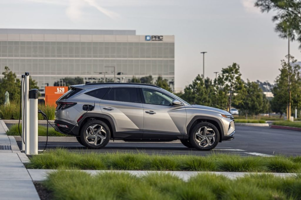 2022 Hyundai Tucson PHEV charging side profile