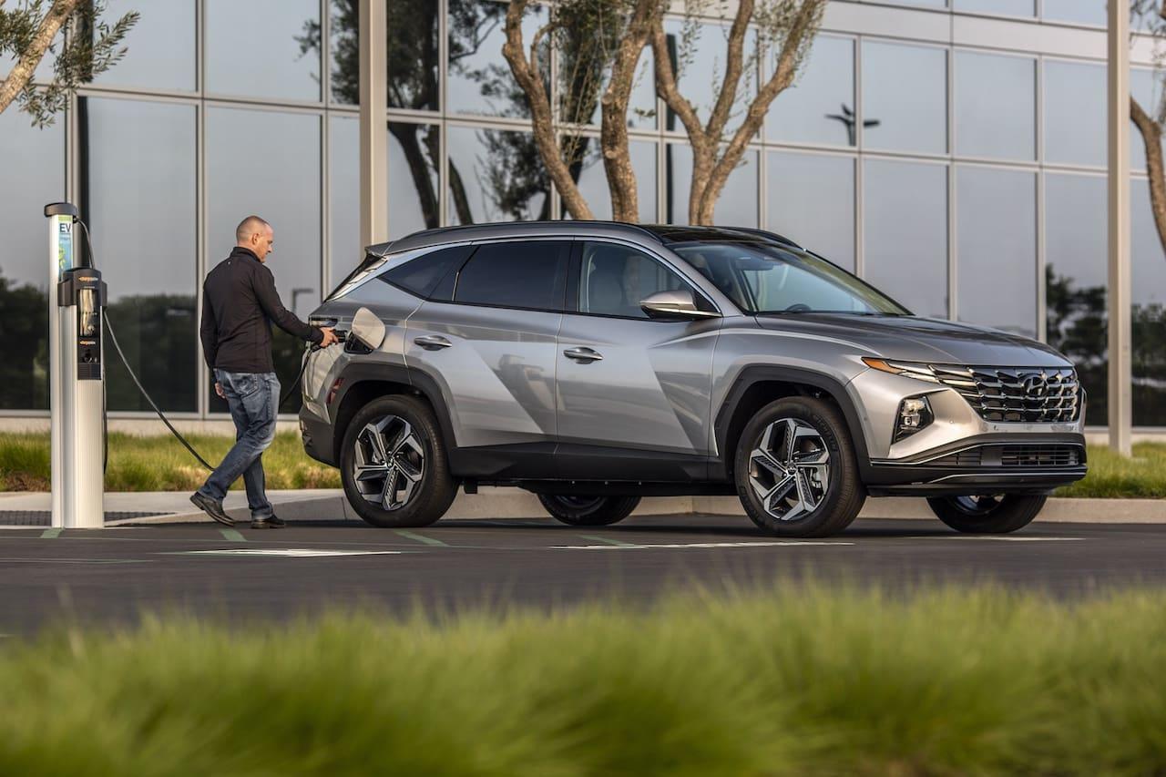 2022 Hyundai Tucson PHEV charging