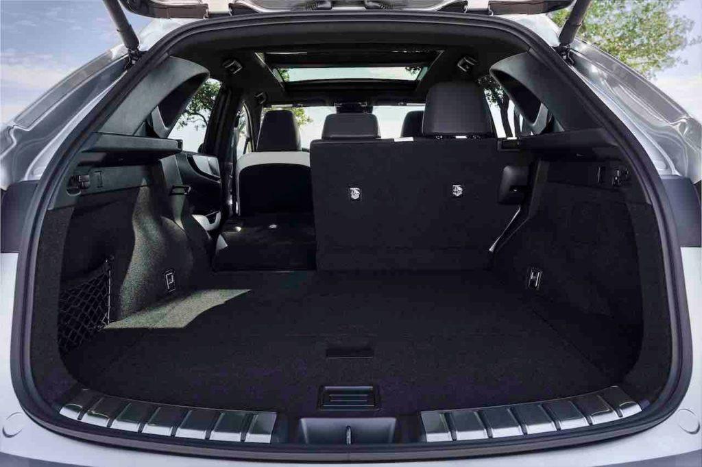 2022 Lexus NX 350h hybrid boot