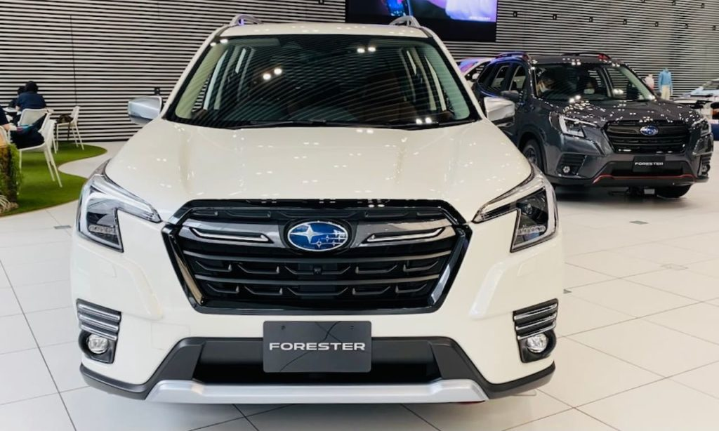2022 Subaru Forester facelift front live image