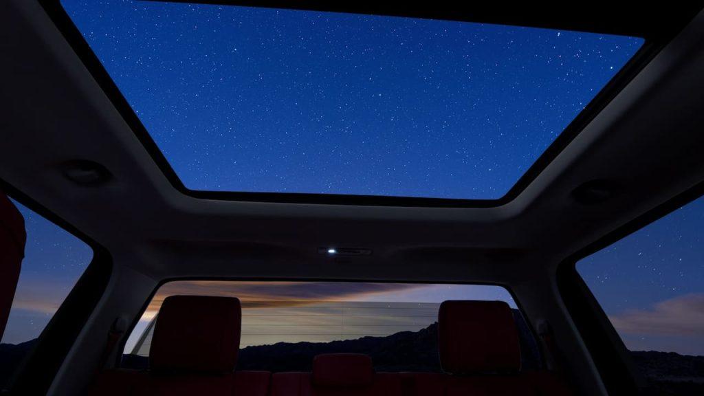 2022 Toyota Tundra power-sliding rear window