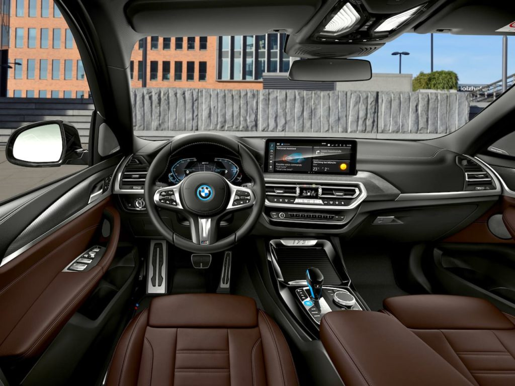 2022 BMW iX3 facelift interior dashboard