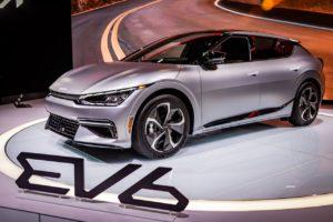 2022 Kia EV6 Chicago Auto Show front three quarters
