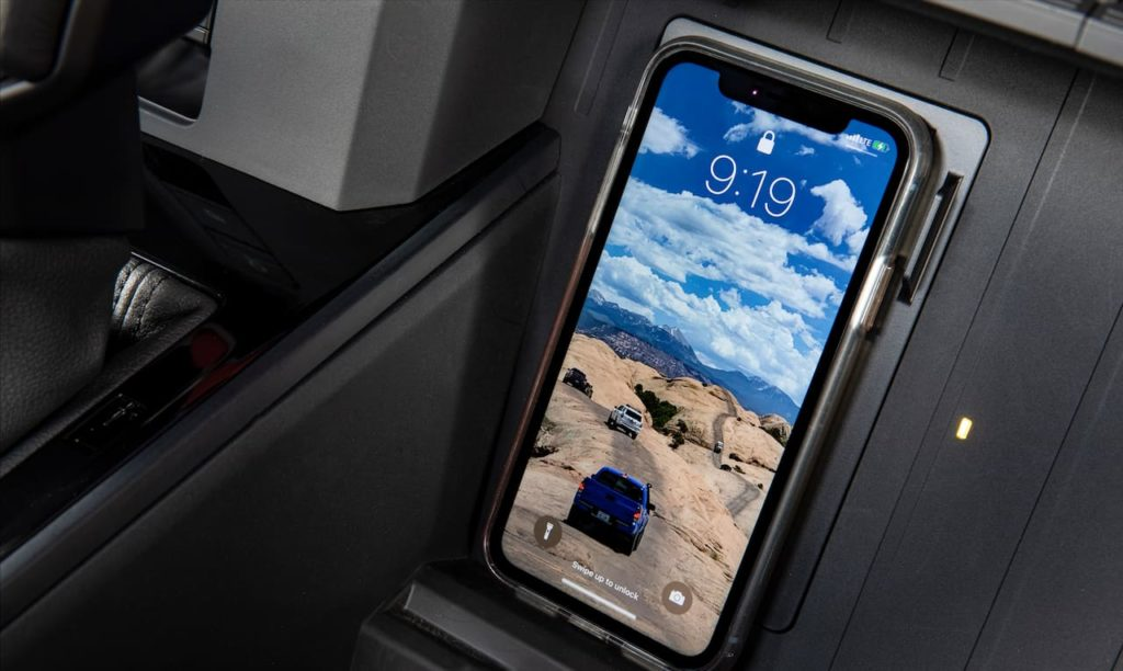 2022 Toyota Tundra wireless phone charger