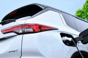 New Mitsubishi Outlander PHEV charging (2022 launch)