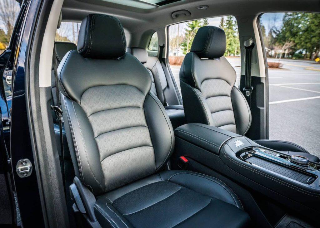 Imperium ET5 front seats