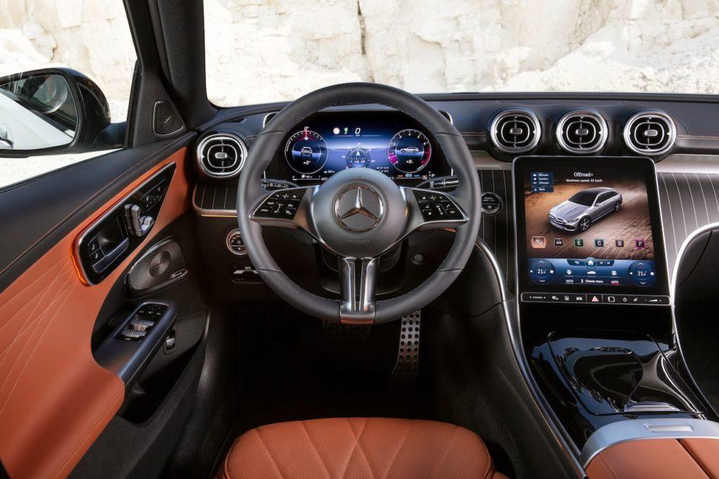 Mercedes C-Class All-Terrain dashboard driver side